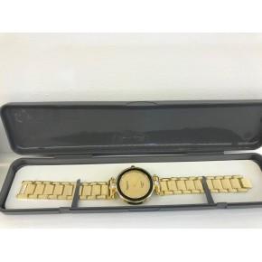 ساعة نسائي ذهبي